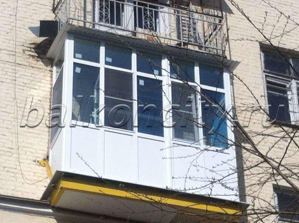 Витражный балкон.
